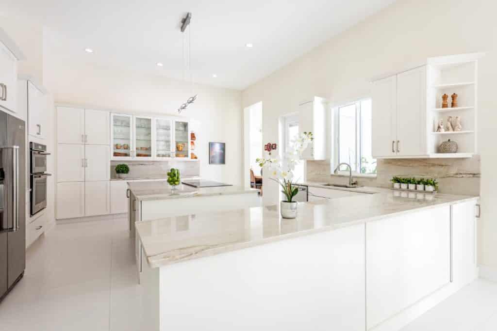 kitchen created with quarzite bianco superiore