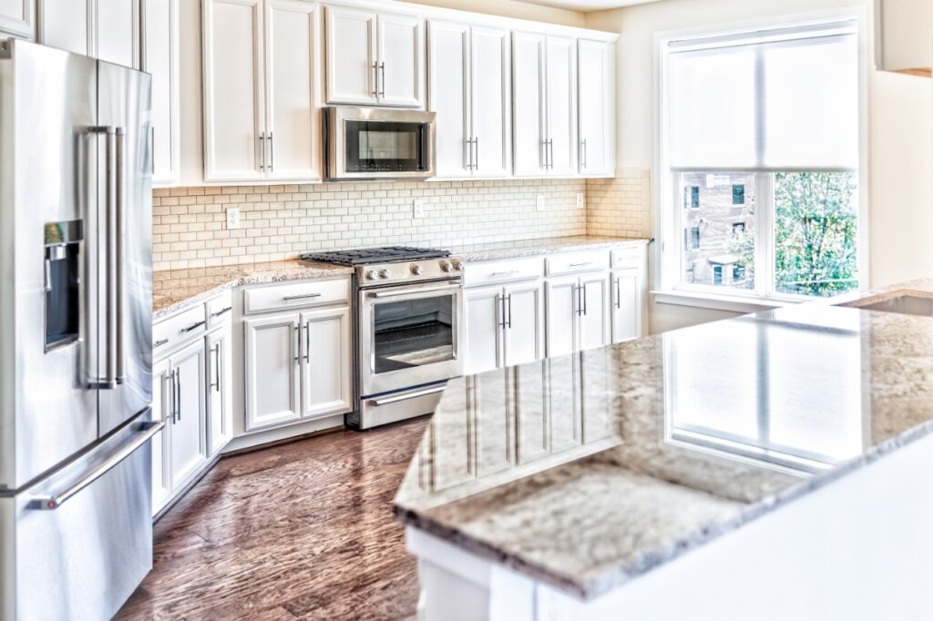 a traditional granite countertop in a kitchen